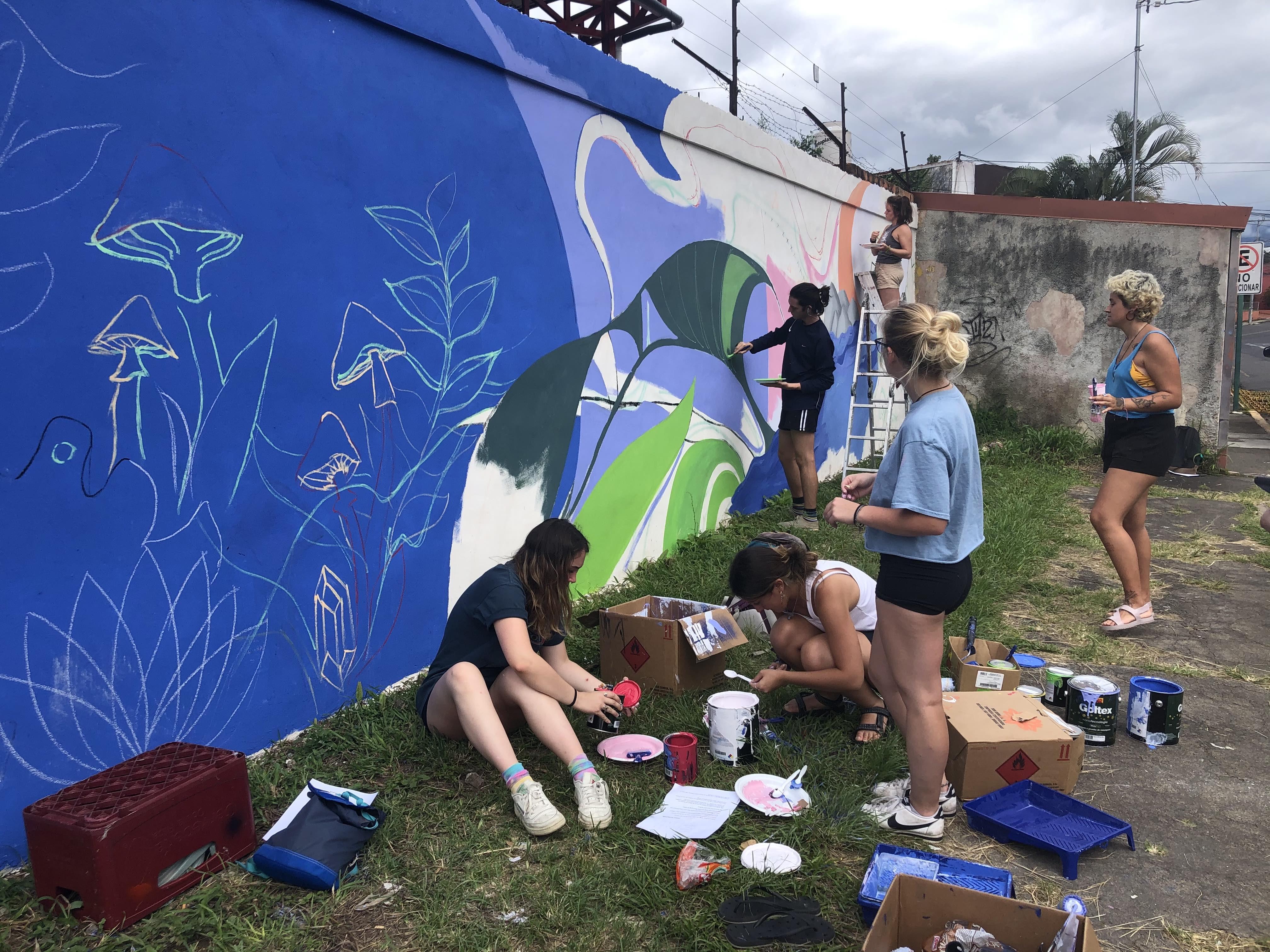 Universidad Veritas campus photos - Taleya Johnson_mural painting class